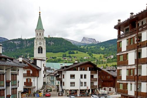 Vacanze estive in montagna per gli amanti di relax, natura e sport all'aria aperta